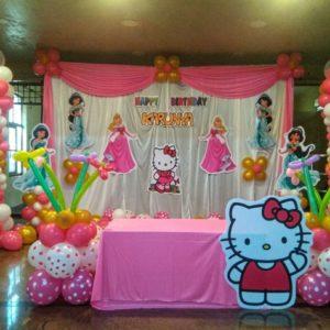 Hello Kitty themed birthday party decoration ideas